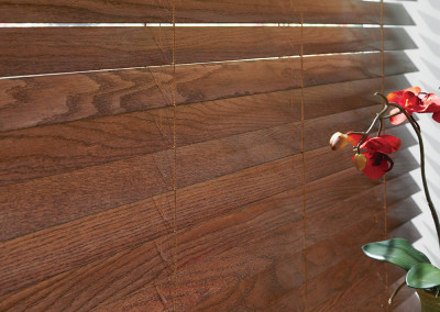 HunterDouglas Parkash® Wood Blnd